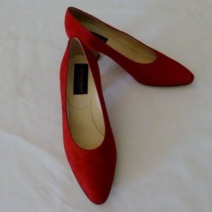 "Suede Pumps 2"" Heel Red NWT 8 M"